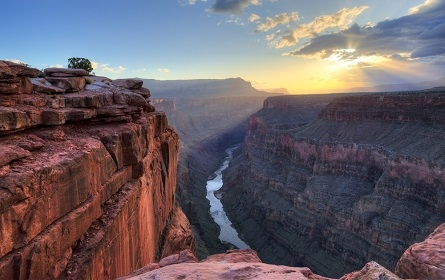 The Grand Canyon is a great place to plan a vacation!