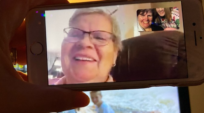 Connecting with Family Virtually During the Holidays